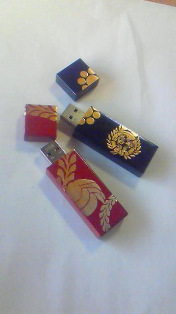 蒔絵USBメモリー